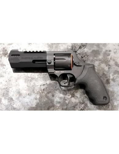 Taurus Raging Hunter  cal. 44 Mag. mit Kompensator